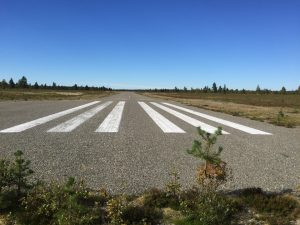 Pokka oilgravel-paved runway 34. The parking area is located directly on the picture to the left. Photo taken 16.8.2016 Photo by Tuomas Valkeala