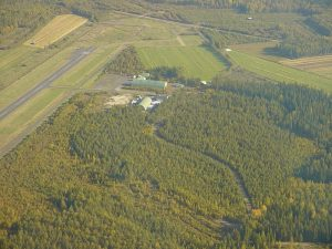 The field hangar area, photo taken 13.9.2003. Photo Ari Vaulo