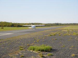 Runway 30. Photo taken 13.9.2003. Photo Ari Vaulo.