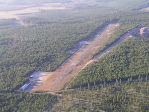 Hämeenkyrö airfield seen from the air in November 2003. Photo Aarno Isomäki.