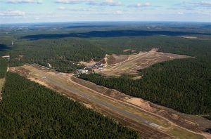 Jami airport seen from the air. In the front runway 09/27 and in the back 17/33. Photo Taneli Äikäs. (Click to enlarge