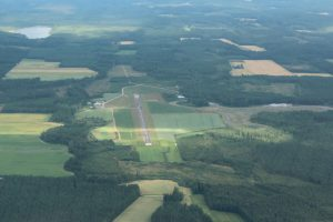 Pieksämäki airfield from the air as seen in the summer of 2011. Photo Marko Tolvanen.