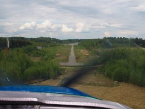 Landing on runway 34 in May 2006. Photo Sami Virkkula.