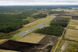 Aerial view of the airport in autumn 2012. Photo Leevi K. Laitinen.